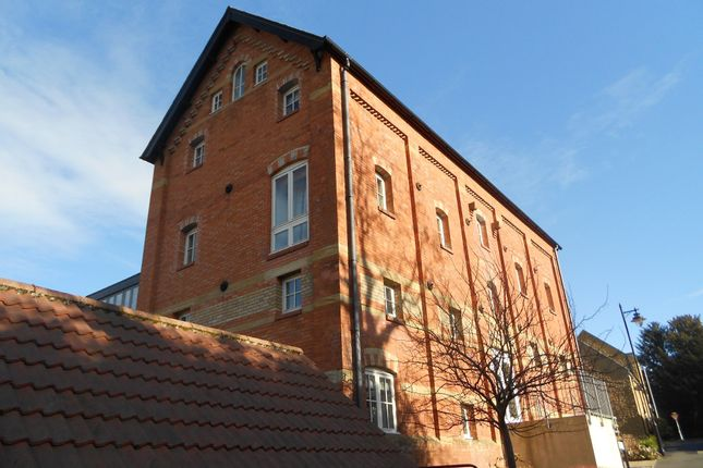 Thumbnail Flat to rent in Mill Lane, Crewkerne