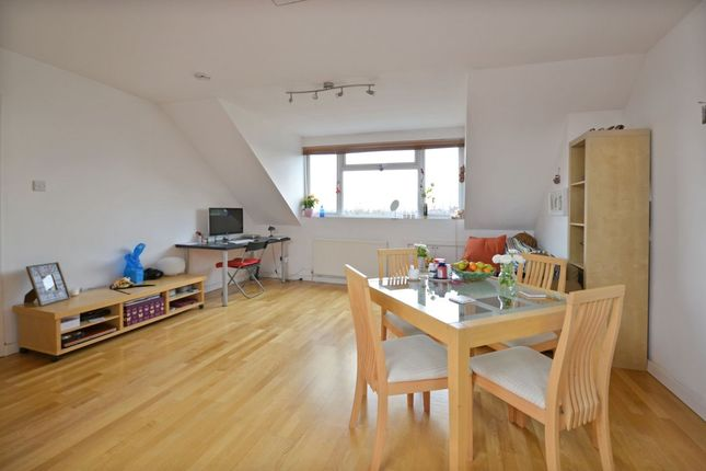 Flat for sale in Minster Road, London