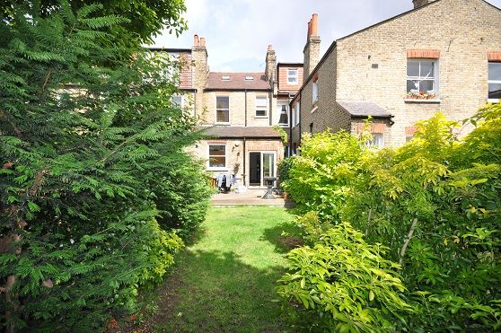 Thumbnail Property to rent in Speldhurst Road, Chiswick, Chiswick