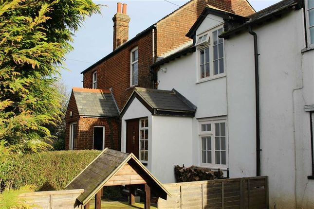 3 bed terraced house for sale in Whitehorse Lane, Burnham Green, Welwyn, Herts