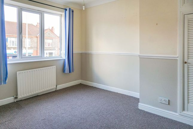 Bedroom One of Littlefield Lane, Grimsby DN34