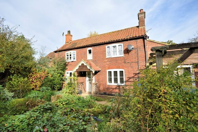Thumbnail Detached house for sale in Watercress Lane, Mattishall, Dereham