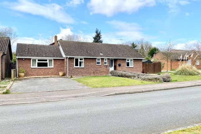 Thumbnail Detached bungalow for sale in Sudeley Grove, Hardwick, Cambridge