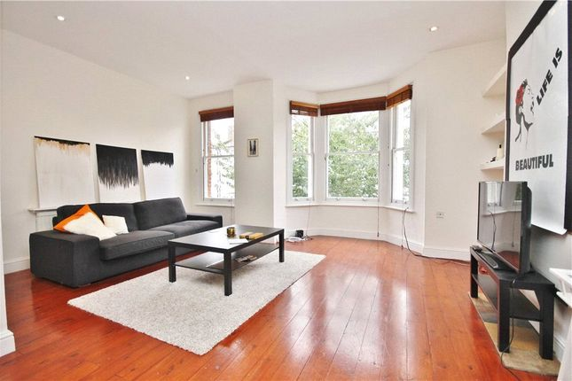 2 bed flat to rent in Netherwood Road, Brook Green