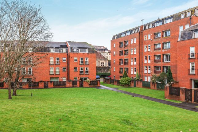 Thumbnail Flat for sale in Alma Court, Clifton, Bristol