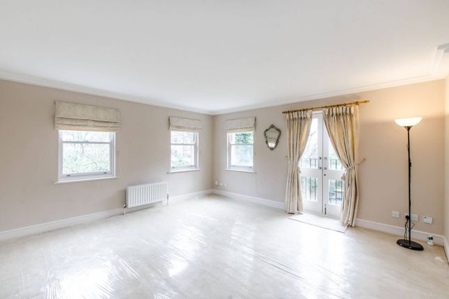 2 bed flat for sale in Hampstead, Hampstead