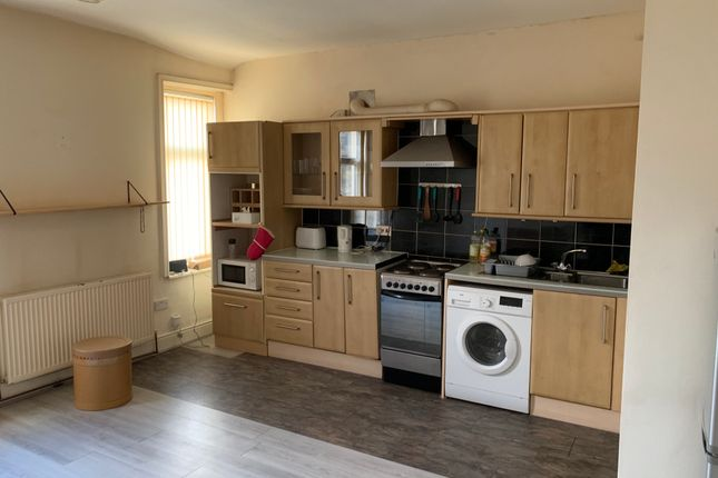Thumbnail Flat to rent in Chapelhouse Rd, Nelson