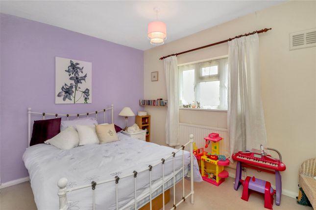 Bedroom of Blackthorn Close, Watford WD25