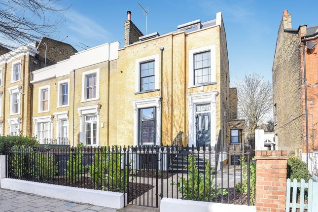 8 bed flat for sale in King Edward's Road, London