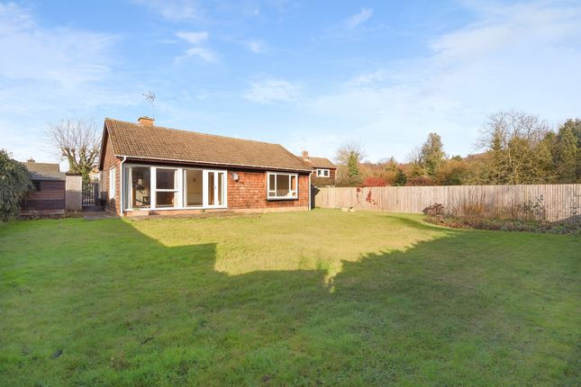 Thumbnail Bungalow to rent in Colets Orchard, Otford, Sevenoaks