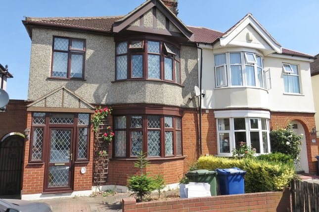 Thumbnail Semi-detached house to rent in Lenmore Avenue, Grays