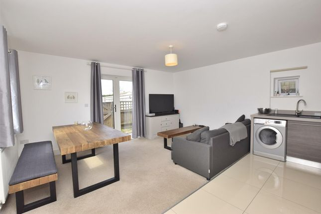 Thumbnail Flat to rent in Frome Road, Bath, Somerset