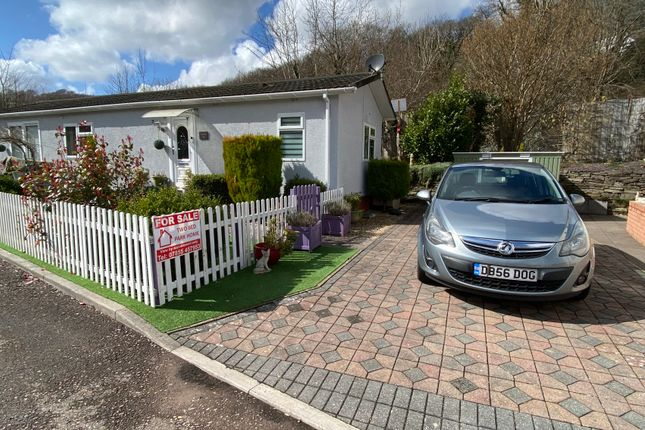 2 bed mobile/park home for sale in Woodlands Residential Park, Treharris, Mid Glamorgan CF46