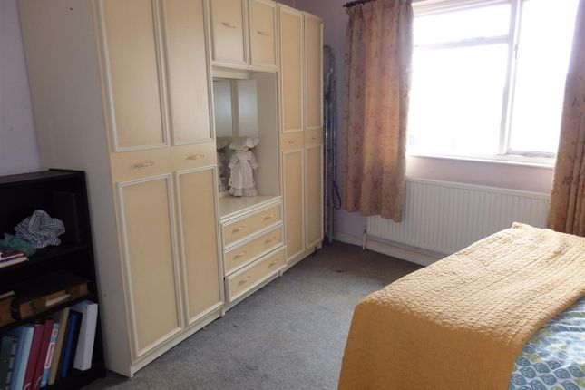 Bedroom 1: of Ralph Terrace, Llanelli SA15