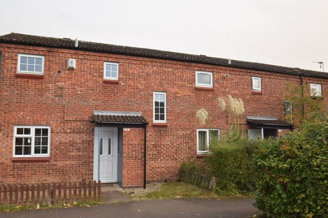 Thumbnail Terraced house to rent in Exhall Close, Redditch