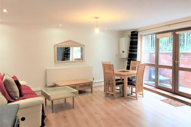 Thumbnail Flat to rent in Egerton Road, Fallowfield