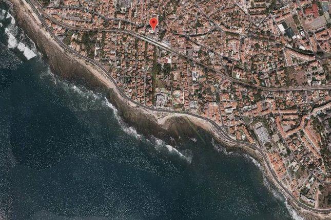 Thumbnail Land for sale in Parede, Carcavelos E Parede, Cascais
