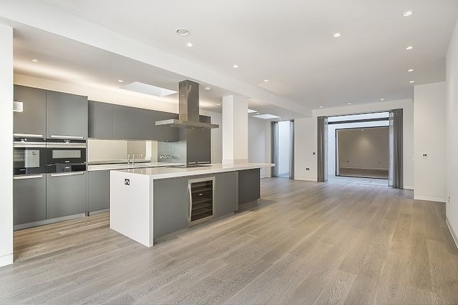 Thumbnail End terrace house to rent in Colinette Road, London