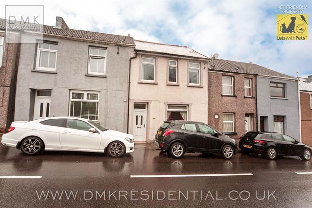 4 bed terraced house to rent in Gadlys Road, Gadlys, Aberdare CF44