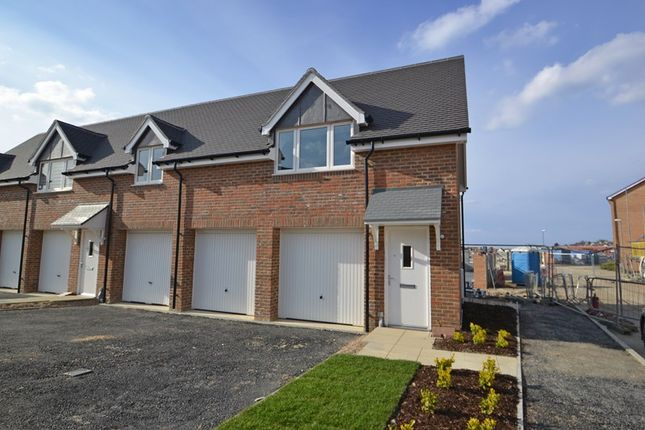 Thumbnail Flat to rent in Buttercup Avenue, Minster On Sea, Sheerness