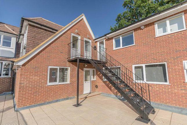 Thumbnail Flat to rent in Thornbridge, Iver