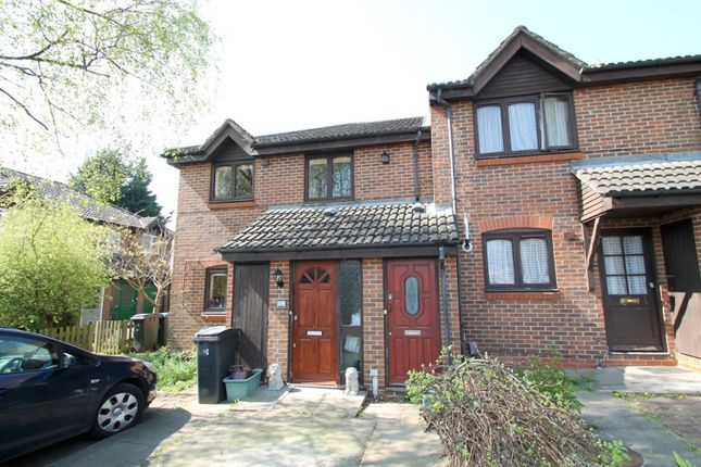 Thumbnail Maisonette to rent in Gladstone Road, Norbiton, Kingston Upon Thames