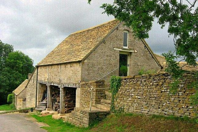 Thumbnail Cottage to rent in Romans Yard, Fields Road, Chedworth, Cheltenham