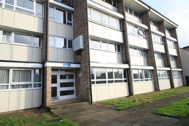 Thumbnail Flat for sale in Parsonage Lane, Enfield, Middx