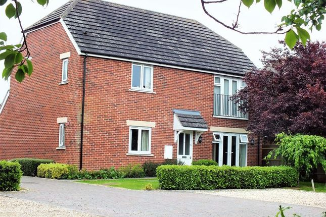 2 bed flat for sale in Bicester Road, Kidlington