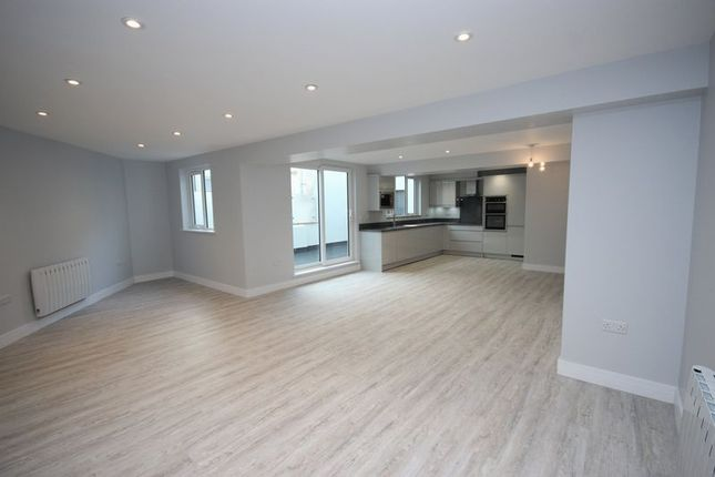 Open Plan Living of Bay Court, Harbour Road, Seaton EX12
