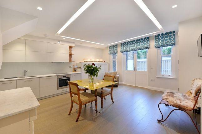 Thumbnail Flat to rent in Kennington Lane, Vauxhall