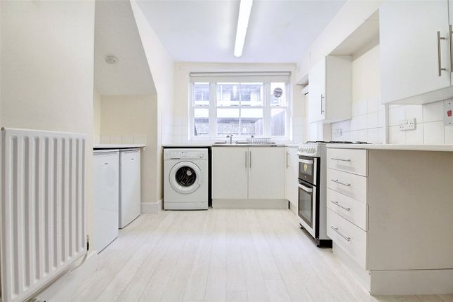 Picture No. 23 of Walden Street, Whitechapel E1