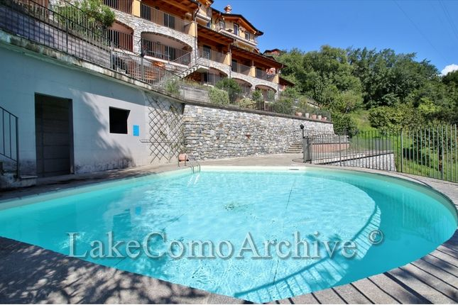 2 bed apartment for sale in Domaso, Lake Como, Italy