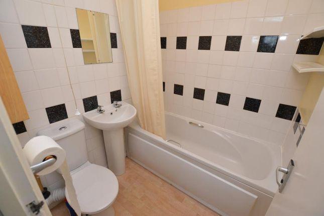Bathroom of Bridge Road, Totnes, Devon TQ9