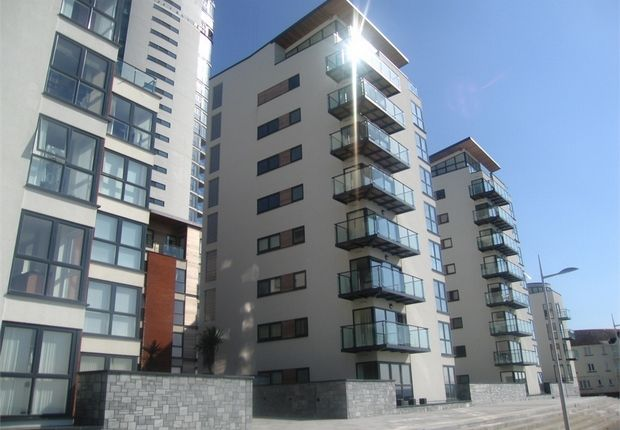 Thumbnail Flat to rent in Meridian Bay, Maritime Quarter, Swansea