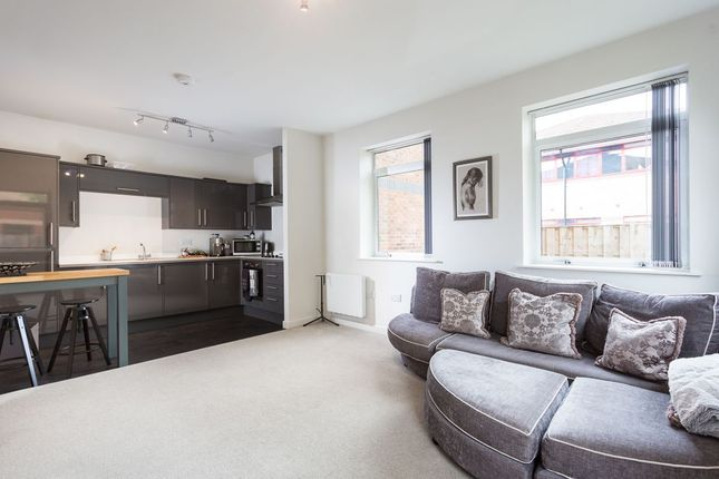 Thumbnail Flat for sale in Amy Johnson Way, York