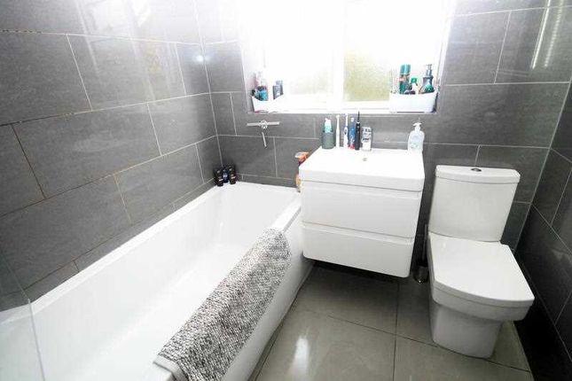Bathroom of Cranford Close, Frinton-On-Sea CO13