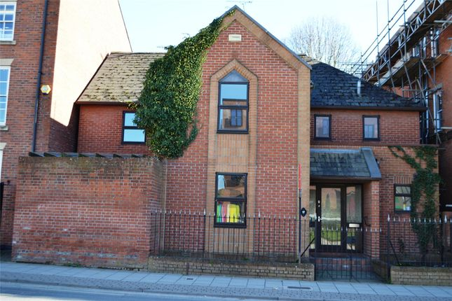 Thumbnail Semi-detached house to rent in Brunswick Road, Gloucester