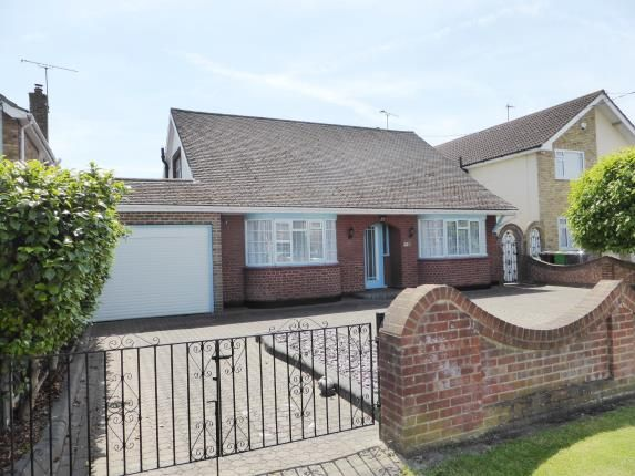 Thumbnail Bungalow for sale in Mayfield Avenue, Hullbridge, Hockley