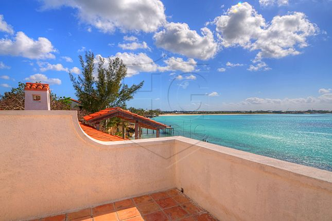 Property for sale in Old Fort Bay, Nassau/New Providence, The Bahamas