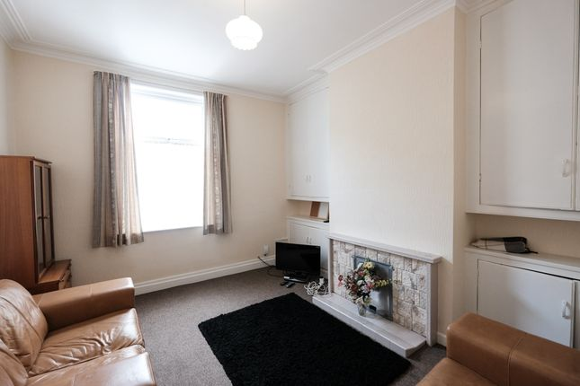 Thumbnail Flat to rent in Norris Street, Preston, Lancashire