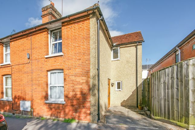 Thumbnail Semi-detached house to rent in Maltings Close, Alton