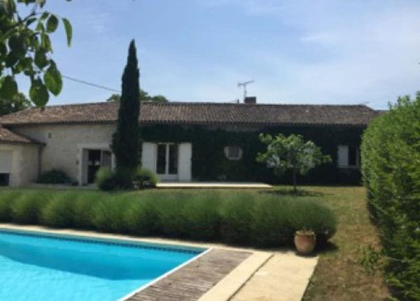 5 bed property for sale in 16000, Angouleme, Fr