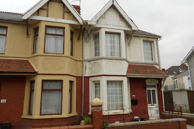 Thumbnail Flat to rent in Fenton Place, Porthcawl
