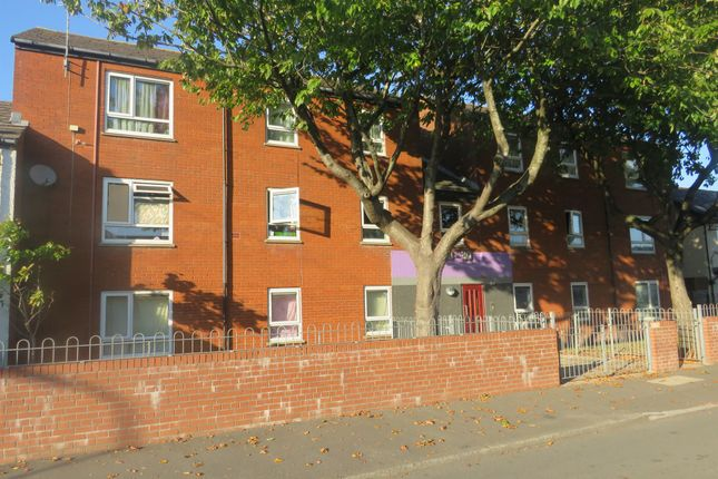 Thumbnail Flat for sale in Skaithmuir Road, Tremorfa, Cardiff