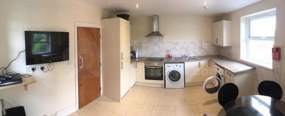 Kitchen2B of Holyhead Road, Bangor, Gwynedd LL57