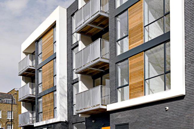 Thumbnail Flat to rent in Hackney Road, Hackney