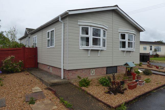 Thumbnail Mobile/park home for sale in Hillbury Park, Hillbury Road, Alderholt, Fordingbridge, Dorset