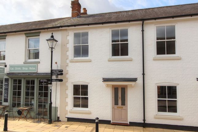 Thumbnail Cottage for sale in Latimer Street, Central Romsey, Hampshire