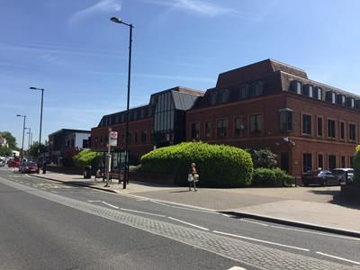 Thumbnail Office to let in Floor, Brighton Road, Coulsdon, Surrey